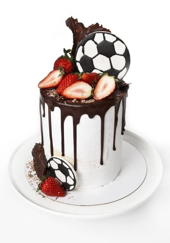 Торт Футбольные ягоды