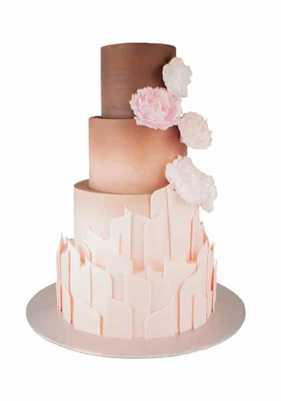 Свадебный торт Бежевый с цветами
