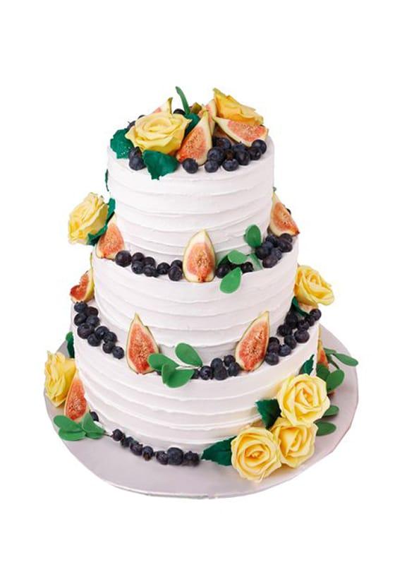 Свадебный торт с Инжиром и розами