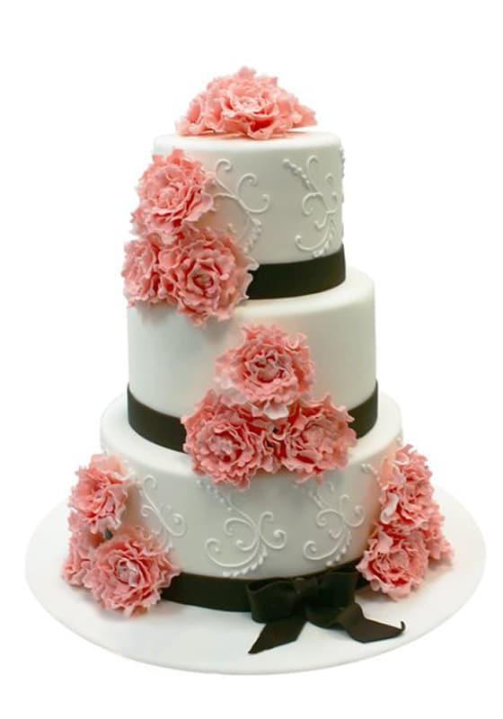Свадебный торт с Коралловыми пионами