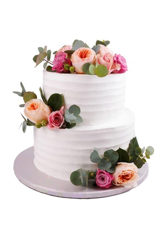 Свадебный торт с Рюшами и розами