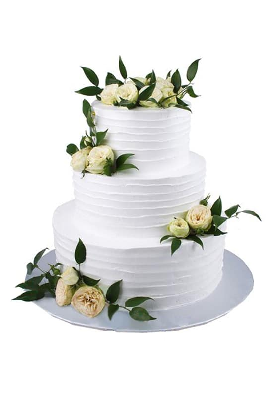 Свадебный торт с Живыми розами