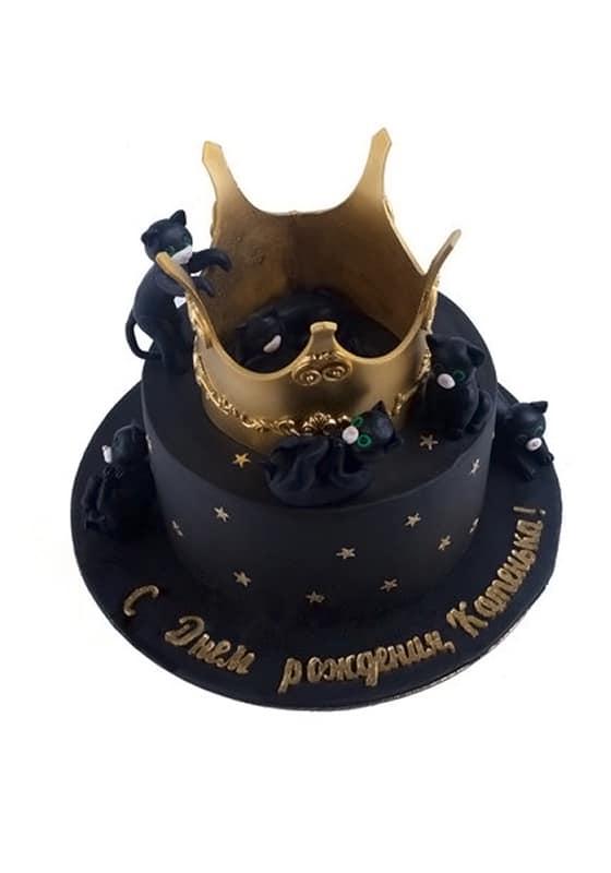 Черный торт с Короной